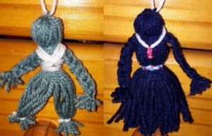 Fête des parents : porte-clés poupées de laine